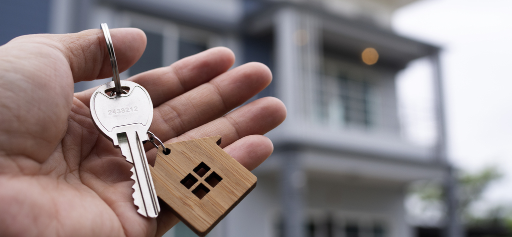 rental home, key, unlock, pandemic, renting